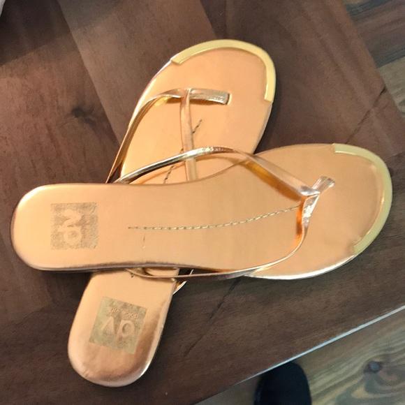 5220ad442c2 DV by Dolce Vita Shoes - DV thong flip flops
